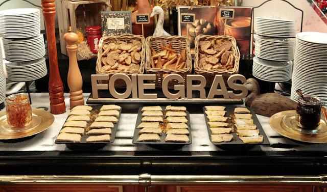Buffet de foies para una boda tipo coctel - Foto: Les Grands Buffets