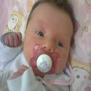 chupeta-e-mamadeira-para-os-bebes