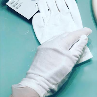 guantes-mascarilla-iroha-oriflame