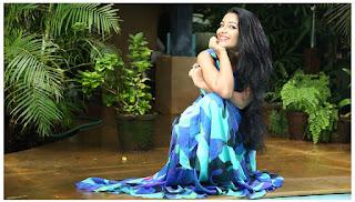 Rajisha-Vijayan-Anuraga-Karikkin-Vellam-Actress-moviescue