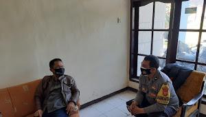 Cegah Corona, Binmas Polsek Baleendah Polresta Bandung Door to Xoor imbau Prokes 5M