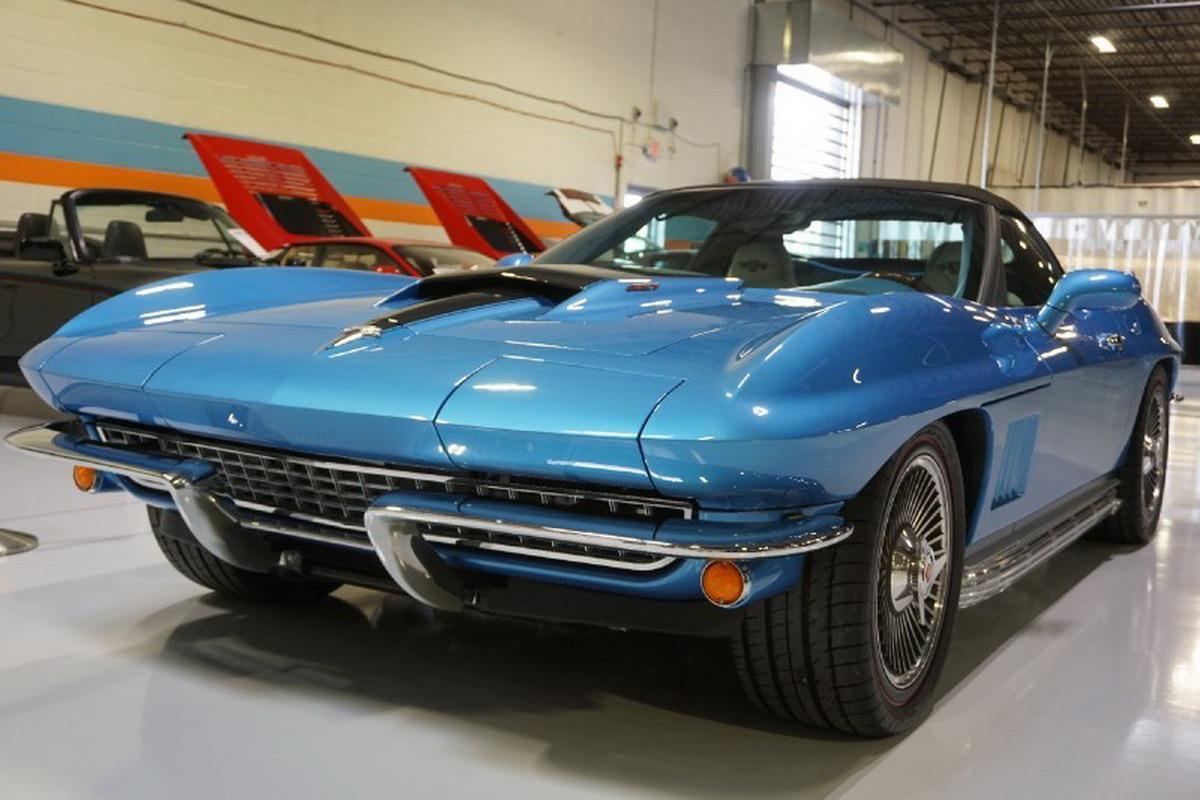 Corvette-Replica-1.jpg