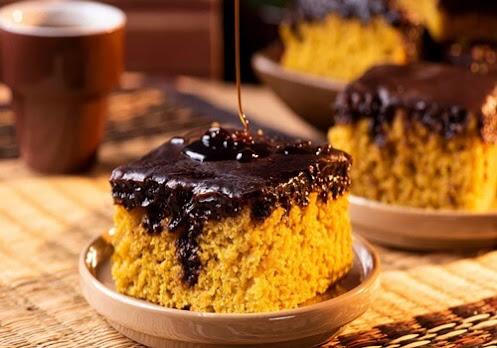 Receita-de-bolo-de-cenoura-com-cobertura-de-chocolate
