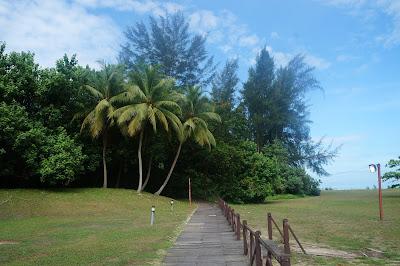 tempat joging di pinggir pantai di Miri