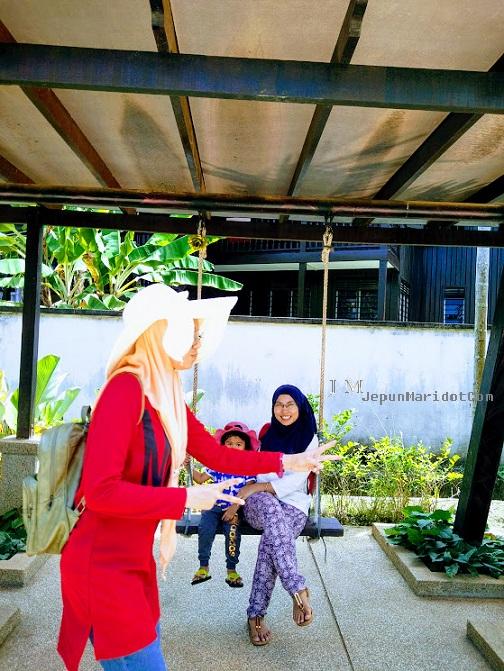 Lunch di Restoran Siti Fatimah dan Makam Mahsuri.