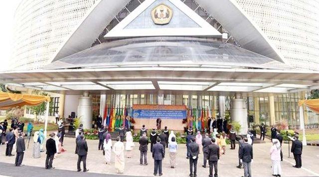 33 Dekan dan Wakil Dekan Unpad Dilantik, Asep Agus Langsung Dicopot karena HTI