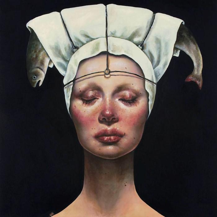 Женщины в боли, страданиях или бедствии