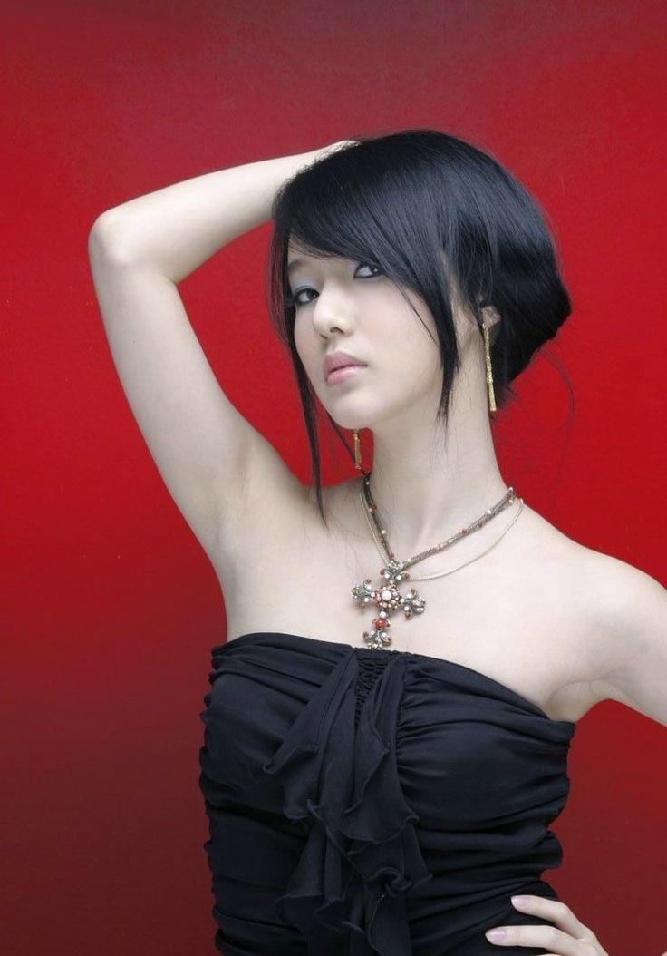 Actress, Models, Girls and Other Beauty: Dilhani Asokamala