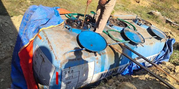 अवैध पेट्रोल पंप पर झाबुआ पुलिस की बड़ी कार्रवाई