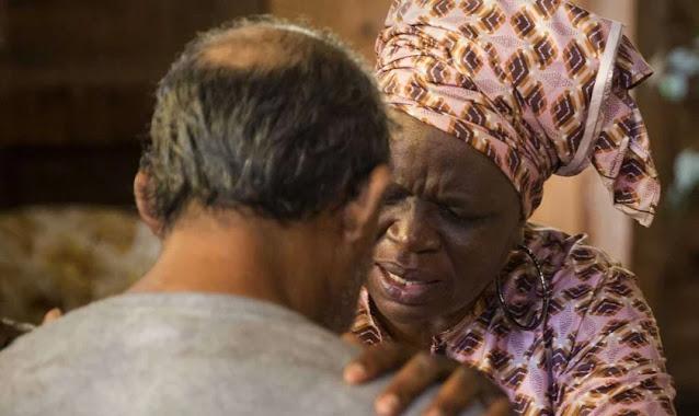 Pastora nigeriana alimenta sem-tetos na pandemia: 'Se a Covid não os matar, a fome irá'