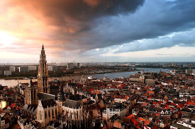 هولندا تحذر سكانها من دخول هذه المقاطعة بسبب تفشي وباء كورونا