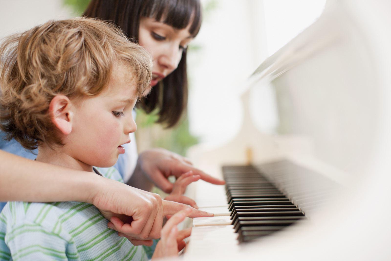 Đàn Piano nội địa Nhật đang dần chiếm lấy thị trường Piano điện cũ