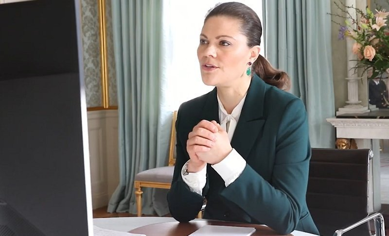 Crown Princess Victoria wore a green molena blazer from Tiger of Sweden, and polka dot silk blouse from Other Stories