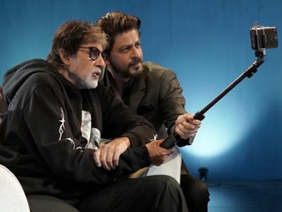 Amitabh Bachchan and Shahrukh Khans selfies goes viral