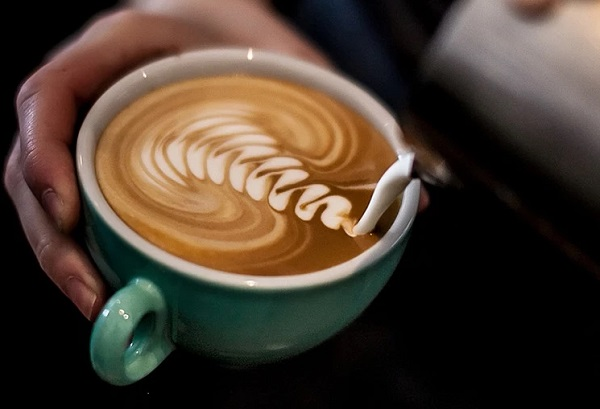 How to make a latte cafe at home