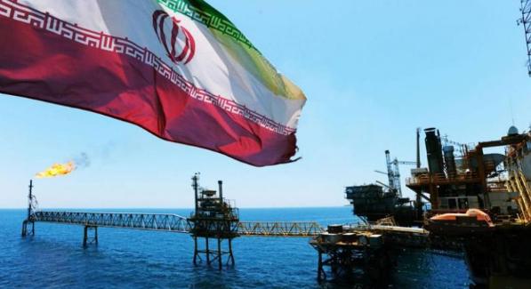 الهند تتحدي العقوبات وتواصل إستيراد النفط الإيراني.