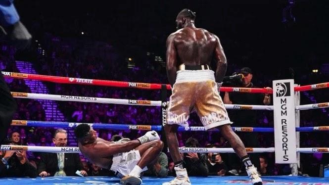 Karma, Wilder Jadi Pecundang Usai Remehkan Mike Tyson