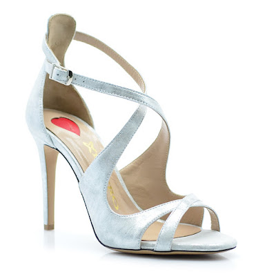 2d5c677c2d4 ΔΙΑΛΕΞΕ ΝΥΦΙΚΑ ΠΑΠΟΥΤΣΙΑ Τα νυφικά σας παπούτσια είναι εξίσου σημαντικά με  το νυφικό σας. Ίσως ακόμη πιο σημαντικά, πρώτον γιατί θέλετε να είναι άνετα  και ...
