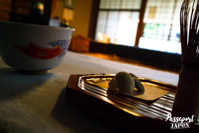 Pâtisserie japonaise, cérémonie du thé, jardin Gyokusen-en, Kanazawa
