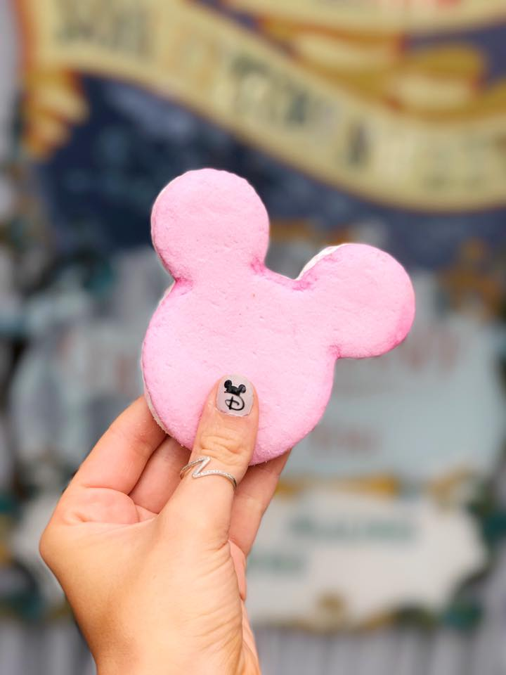 disneyland paris mickey mouse marshmallow