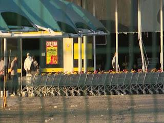 Bandidos explodem caixa eletrônico de supermercado na Paraíba
