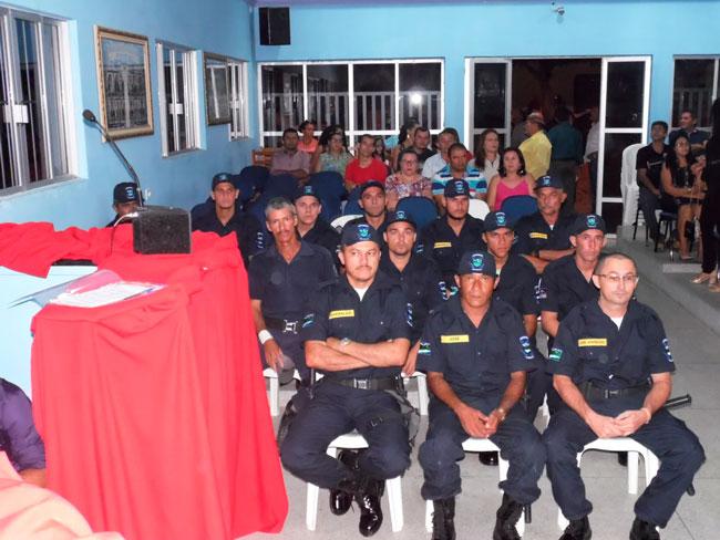 Imagem durante a entrega uniforme a Guarda Municipal de Solidão Foto: Ivonaldo Filho