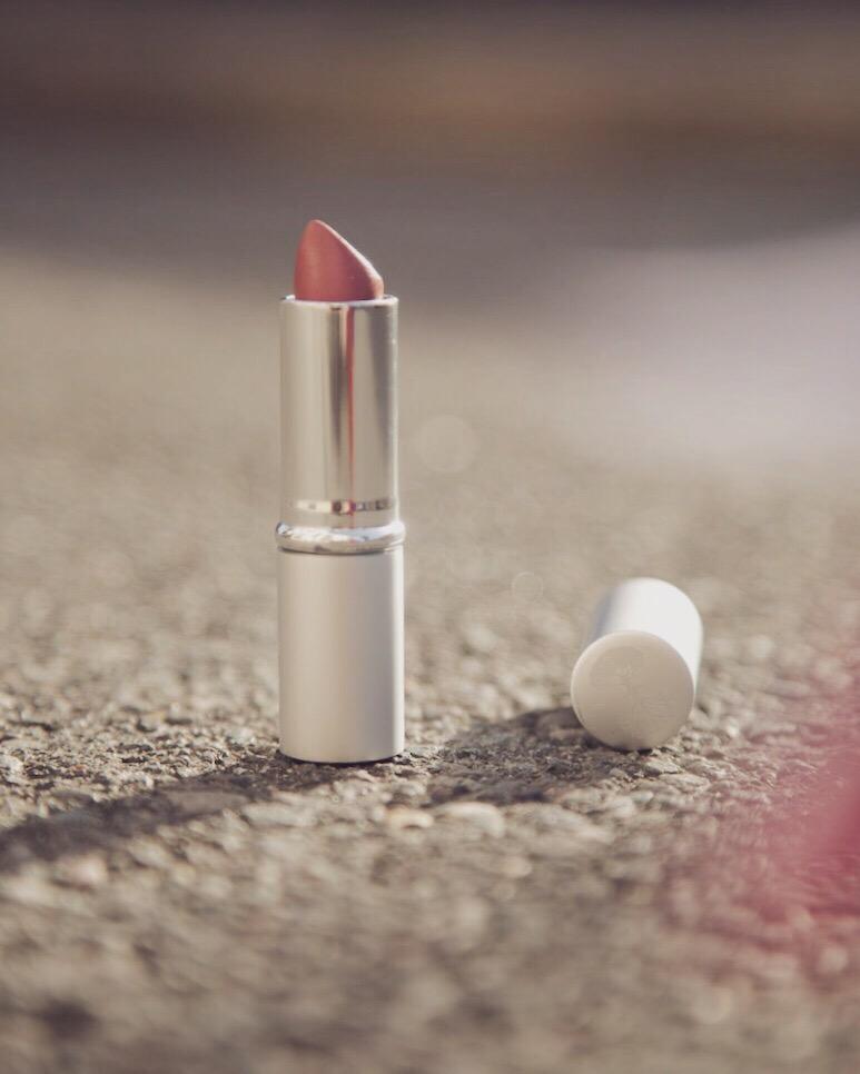 vegan lipstick, ethical lipstick, sustainable lipstick, organic lipstick, toxin free lipstick, non toxic lipstick, cruelty free lipstick, sustainable lipstick, lipstick, ethical, sustainable, eco friendly, ethical beauty, sustainable beauty, green beauty, cruelty free beauty, vegan beauty