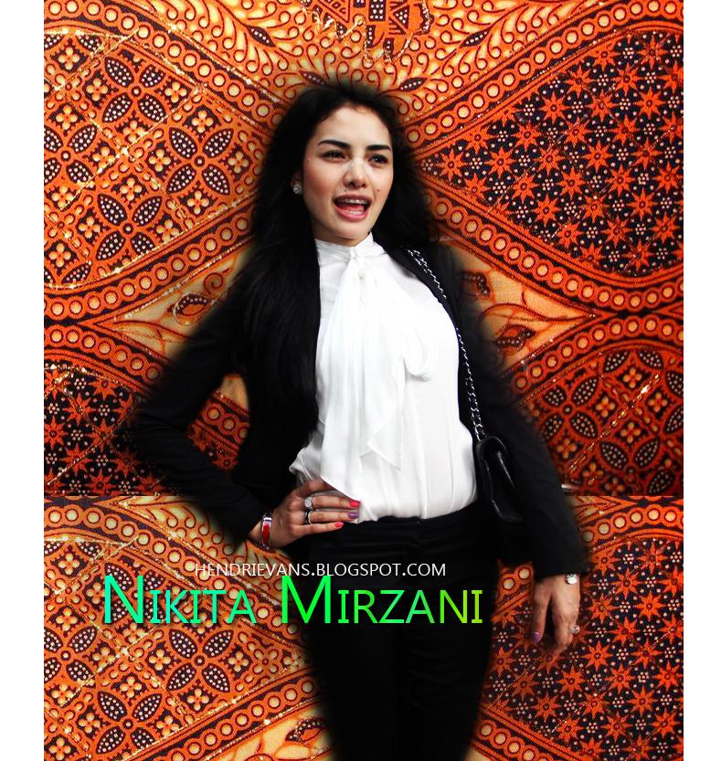 Biodata Nikita Mirzani