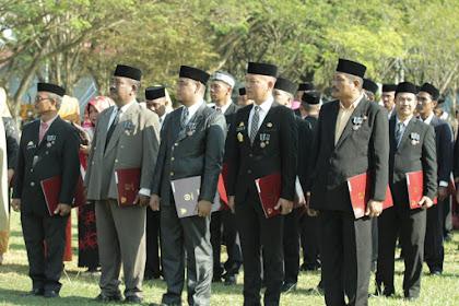 Bupati Luwu Minta ASN Penerima Satya lancana Karya Wajib Hafal Pembukaan UUD 1945 dan Teks Pancasila