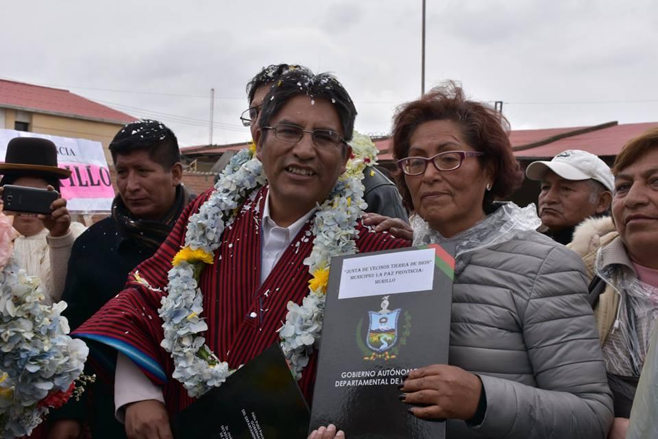 Acto desarrollado por la Gobernación en el campo ferial de la ciudad de El Alto