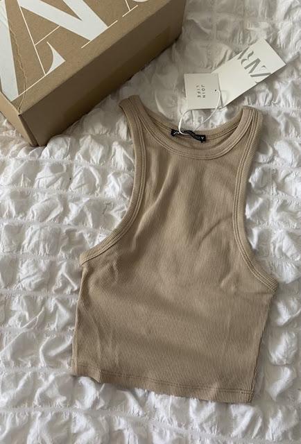 Zara Ribbed Crop Top in Beige Size 8