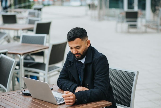 Managing Remote Sales Teams? 5 Essential Tips for Business Leaders