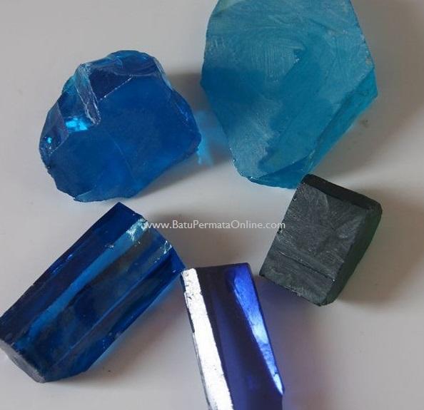 Batu Safir Sintetis