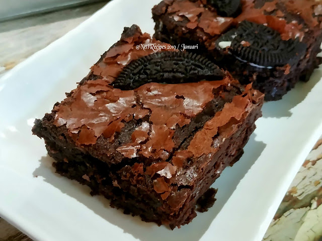 Brownies Shiny Crust @Netirecipes 2019