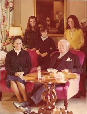 Рождественская открытка от семьи Чаплина, 1973 г.