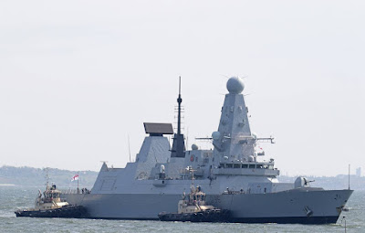 British destroyer violated the Russian naval border