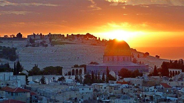Puisi dan Doaku untuk Palestina