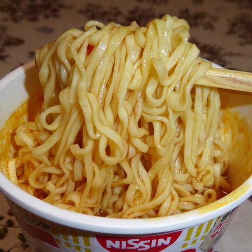 【NISSIN(日清食品)】カップヌードル ラサ グライ アヤム ムラユ 《スパイス香るココナッツカレー味》
