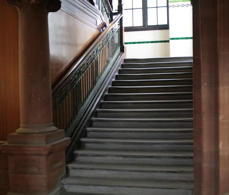 السلالم الخرسانية