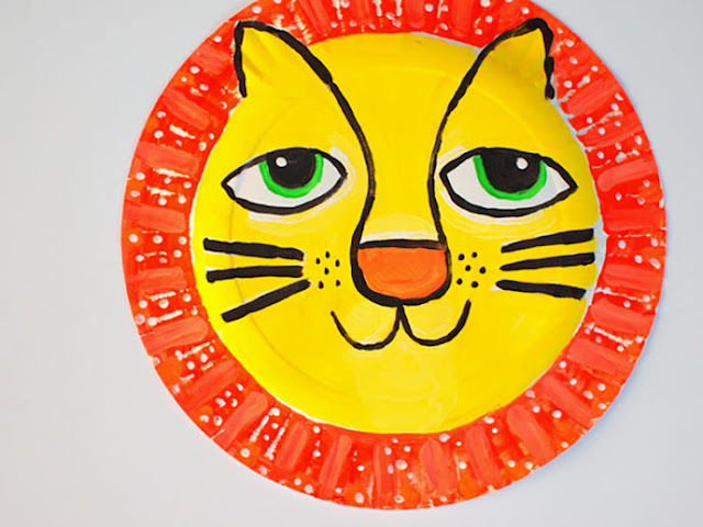 Langkah 2 Membuat Topeng Singa dari Piring Kertas