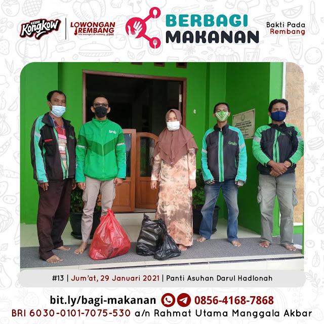 Dokumentasi Berbagi Makanan Ke-13 Dari Kedai Kongkow Rembang Dan Lowongan Rembang