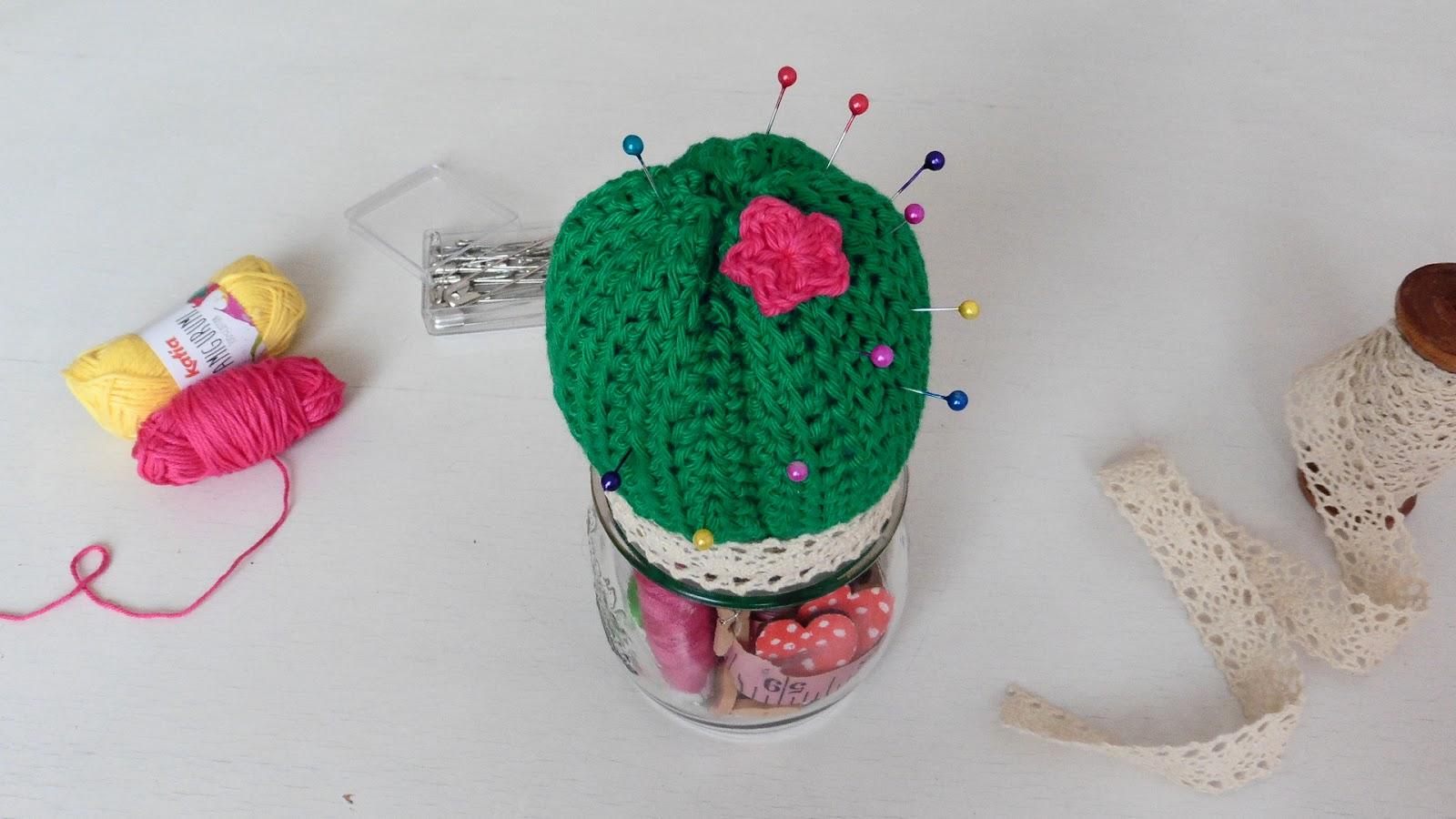 Alfiletero cactus amigurumi de segunda mano por 15 € en Barcelona en  WALLAPOP | 900x1600