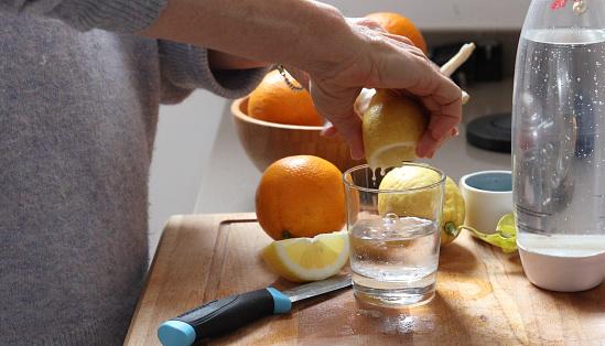 proven health benefits of lemon water