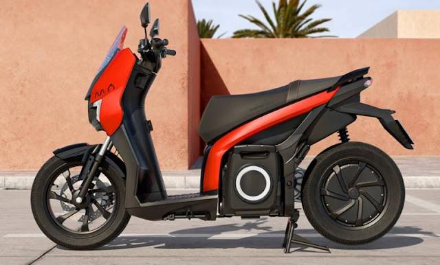 SEAT MÓ eScooter 125 : le scooter 100 % électrique de SEAT