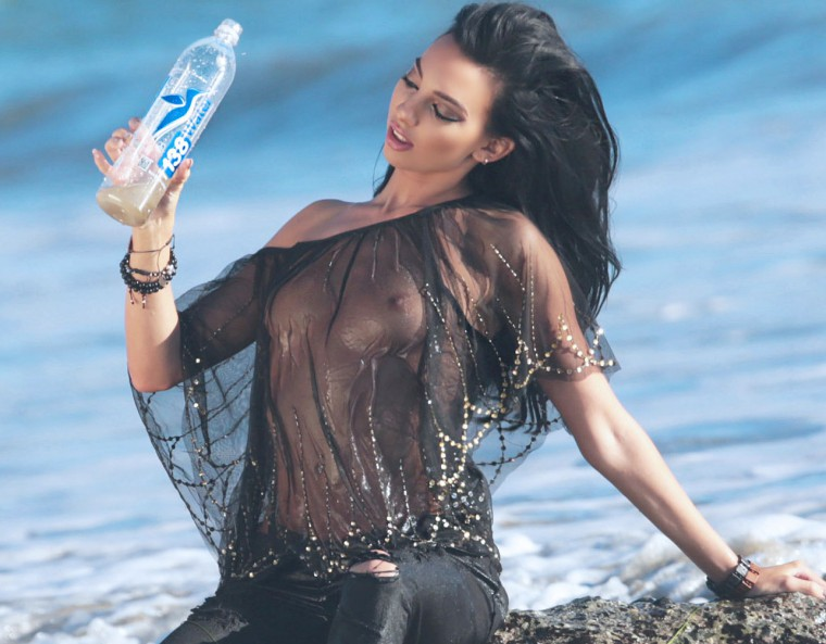 Amanda Geores nude (46 pics) Topless, Facebook, swimsuit