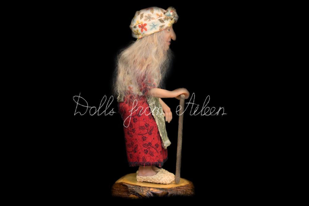 ooak miniature 'Baba Yaga' witch art doll's profile