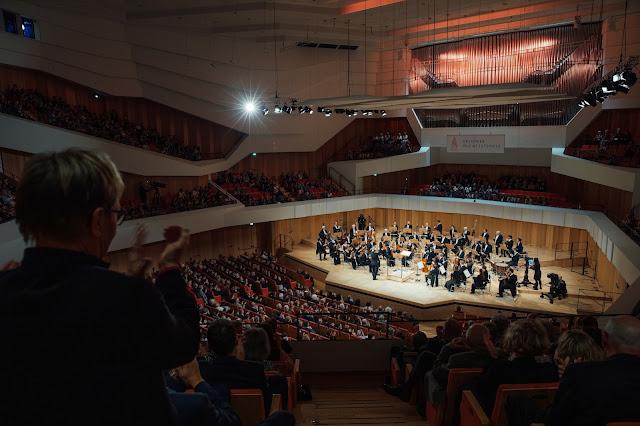 Ivor Bolton, Dresden Festival Orchestra - Dresden Music Festival 2019 (Photo Oliver Killig)
