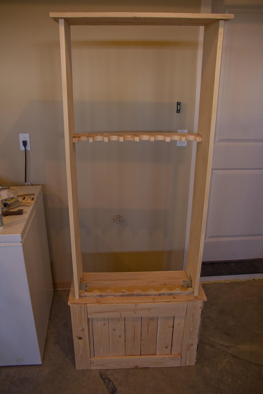 Pallet for Home: Pallet Gun Cabinet