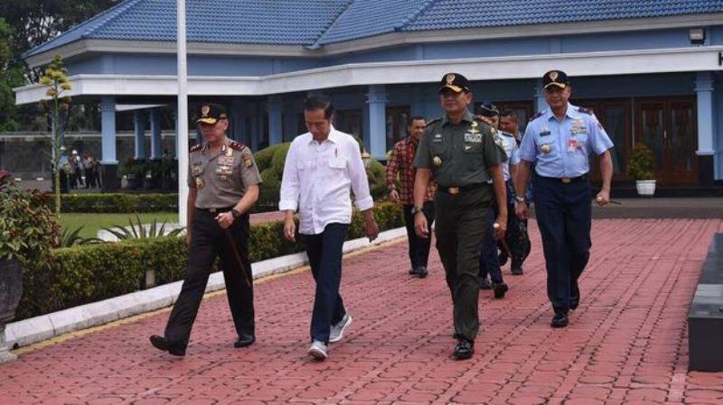 Evaluasi 5 Tahun Kabinet Kerja: Efek Jokowi dan Cita-cita Kiblat Fesyen Muslim 2020