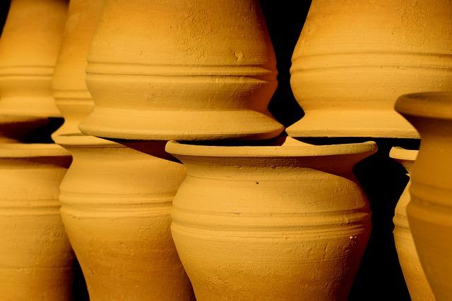 素焼きの壺